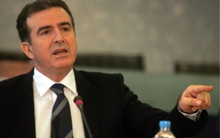 Ministru elen: Grecia riscă să părăsească zona Schengen