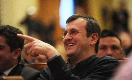 Cristian Preda îl atacă pe Boc: A fost penibil, e şi acum penibil