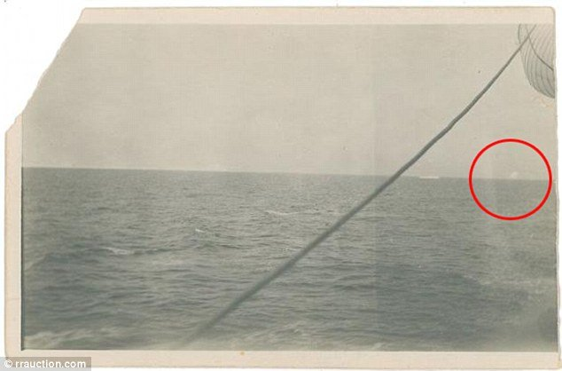 Dezastrul surprins pentru prima dată în imagini. Detaliul din fotografie arată de ce s-a scufundat Titanicul
