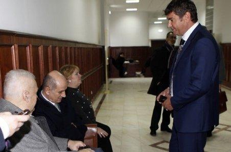 """Toţi cei 8 inculpaţi în """"dosarul transferurilor"""" au fost achitaţi. Procuratura va face recurs"""