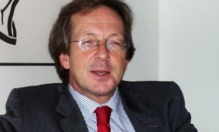 Opoziţia olandeză cere explicaţii în legătură cu tergiversarea acreditării ambasadorului în România