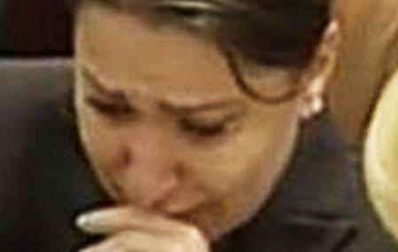 """De ce a plâns Plăcintă în Parlament. """"Sunt emoţionată! Nu vă mai săturaţi să umblaţi după mine şi după familia mea?"""""""