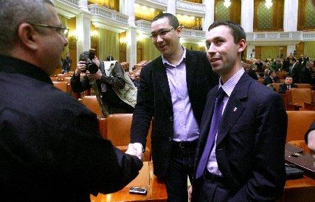 Ponta: Prigoană (PDL) mi-a spus că votează moţiunea, dacă îl susţin la Primărie