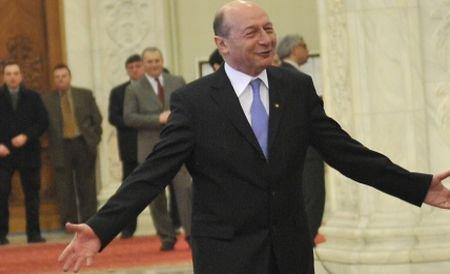Preşedintele Traian Băsescu îşi petrece minivacanţa de 1 mai la Neptun