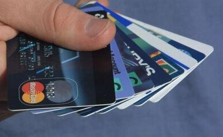 Face2Face: Cardurile de credit vs cardurile co-branded