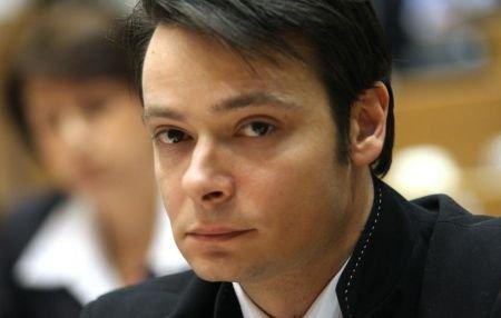 Un ministru mai puţin pe lista noului Guvern. Victor Alistar a fost retras din Executiv