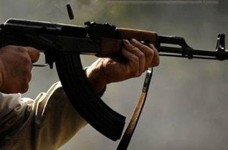 Un poliţist rus s-a sinucis, împuşcându-se în cap cu puşca sa Kalaşnikov