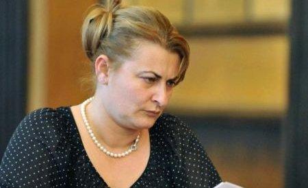 Şefa CNADNR, Daniela Drăghia, a demisionat. Ministrul Silaghi neagă informaţia