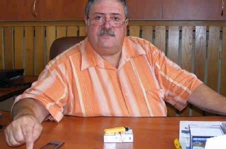 Senatorii Cezar Măgureanu şi Viorel Badea se înscriu în PSD şi, respectiv, PNL