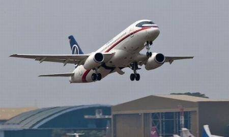 A fost găsită epava avionului rusesc dispărut deasupra Indoneziei