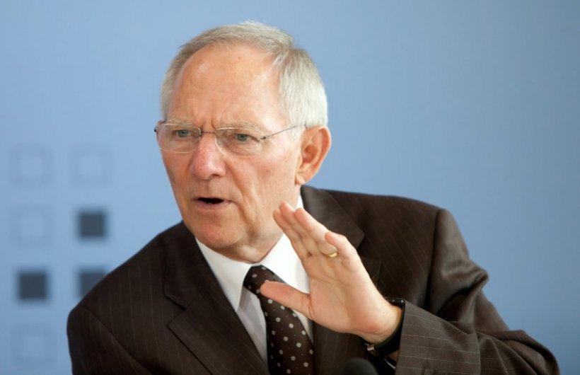 Ministrul german de Finanţe: Zona euro poate face faţă ieşirii Greciei. Nu putem forţa pe nimeni