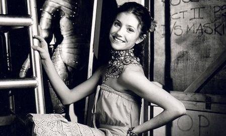 Românca Alina Cojocaru a câştigat una dintre cele mai râvnite distincţii din lumea baletului