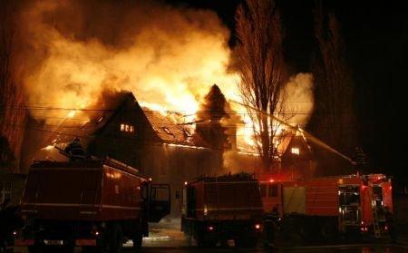 Casa memorială Avram Iancu din Târgu Mureş a fost incendiată