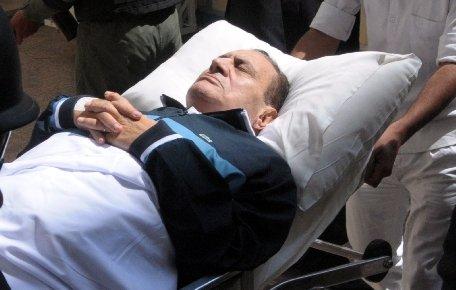 Zi istorică în Egipt. Fostul lider Hosni Mubarak a fost condamnat la închisoare pe viaţă