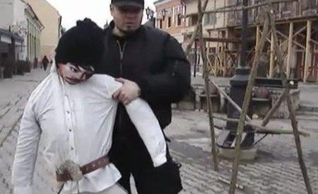 """""""Inima Ţinutului Secuiesc bate în maghiară. Ocupanţi, căraţi-vă!"""" Mesajul afişat de """"călăul"""" lui Avram Iancu"""