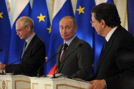 Rusia propune o conferinţă a naţiunilor pentru a rezolva criza din Siria