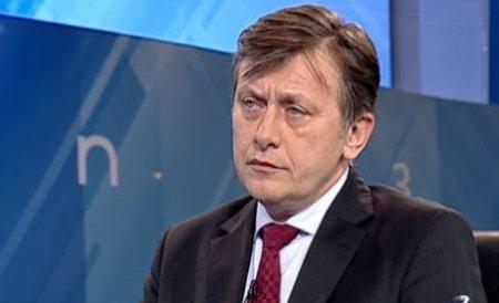 Crin Antonescu, despre cazul Haşotti: Băsescu continuă un atac politic la adresa lui Victor Ponta şi, în fapt, la adresa USL