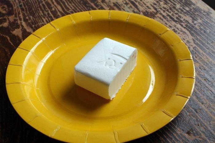 Ce se întâmplă atunci când bagi o bucată de săpun la microunde? Aveţi curajul să încercaţi aşa ceva acasă?