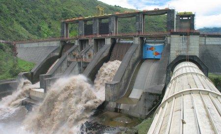 Exces de Putere: Dezvăluiri, în exclusivitate, despre importurile şi exporturile de energie în România, în 2010 şi 2011