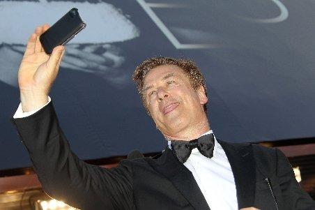 Actorul Alec Baldwin a donat 1 milion de dolari Filarmonicii din New York