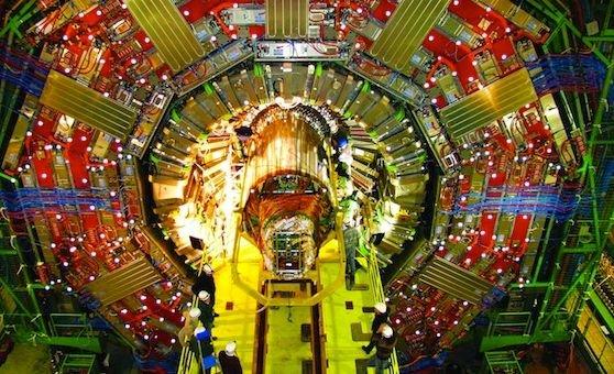 """""""Este o zi monumentală pentru ştiinţă!"""" Savanţii CERN sunt 99% siguri că au descoperit particula lui Dumnezeu"""