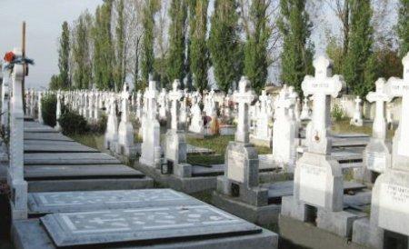 Preoţii, agenţi imobiliari ai locurilor de veci. Cât valorează afacerea neagră din cimitire, în Bucureşti