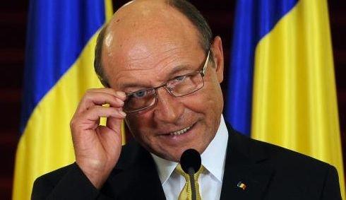 Când ar putea avea loc referendumul pentru demiterea preşedintelui Băsescu