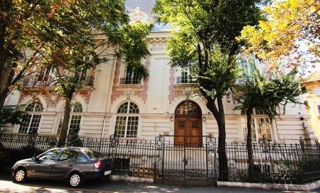 Unul din etajele casei memoriale Henri Coandă, pierdut în urma unei retrocedări