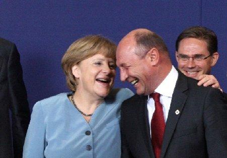 """Merkel: Este """"inacceptabilă"""" încălcarea statului de drept în România"""