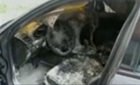 Un Audi A6 a fost distrus aproape complet într-un incendiu, în Sectorul 2 al Capitalei