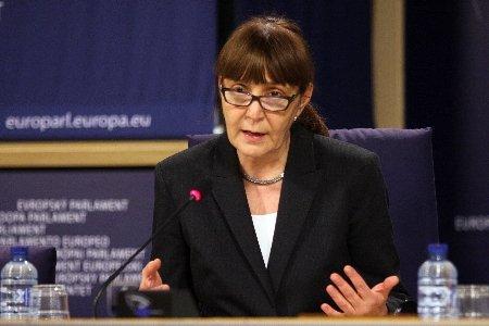 Care este legătura între Monica Macovei şi Bivolaru? Război politic cu procurori