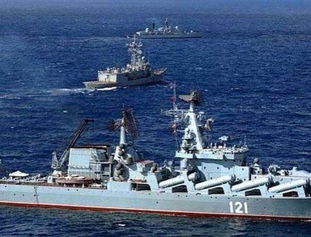 """""""Marș"""" al navelor rusești în largul Siriei. Ministerul rus al Apărării susţine că acestea vor opri doar pentru alimentare"""