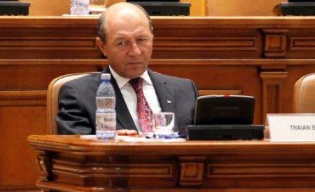 Băsescu i-a trimis o scrisoare deschisă preşedintelui interimar Antonescu. Vezi pe ce temă