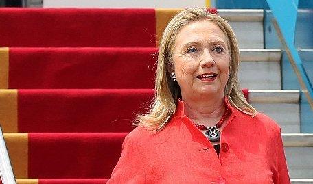 Hillary Clinton va face o vizită oficială în Egipt, pentru a discuta cu şeful Consiliului Suprem al Forţelor Armate