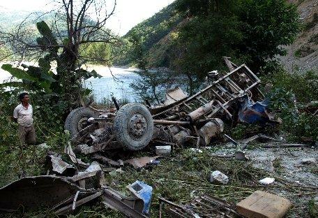Nepal. Cel puţin 35 de persoane au murit într-un accident rutier