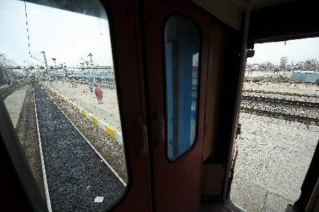 Suceava. Cinci trenuri sunt oprite în gările din judeţ, din cauza unei furtuni care a afectat alimentarea cu energie