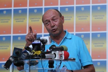 Lui Băsescu îi e teamă de ieşeni: Particip la miting dacă se respectă măsurile de siguranţă