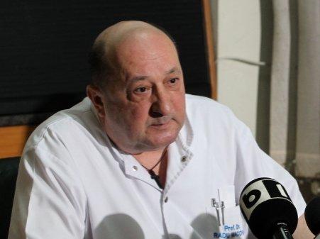 Ponta: Regret că medicii sunt astăzi anchetaţi ca pe vremea lui Stalin