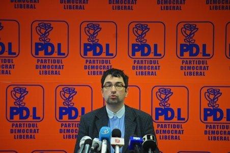PDL atacă la CCR organizarea referendumului. NU vrea program de la 7,00 la 23,00