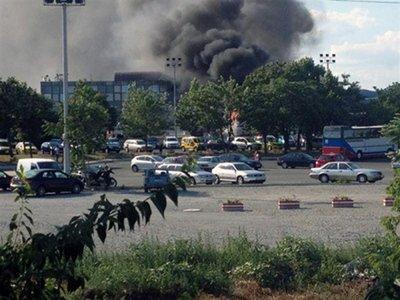 Atacul din Bulgaria face parte din campania teroristă lansată de Iran. Aeroportul, redeschis la 48 de ore de la atentat