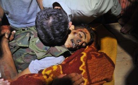 Cel mai sângeros bilanţ din ultimele 16 luni din Siria: Peste 300 de persoane, ucise într-o zi