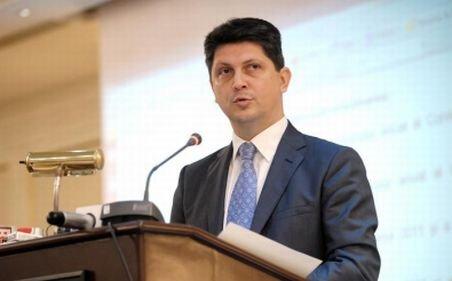 Corlăţean: Băsescu s-a folosit în mod ruşinos de sentimentele românilor de peste Prut