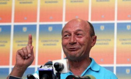 Băsescu afirmă că se pot fura milioane de voturi în înţelegere cu STS. De unde ştie?