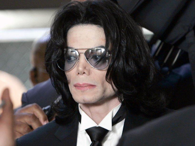 Misterul familiei Jackson se adânceşte... unul din fraţii cântăreţului declară că mama lui nu e dispărută