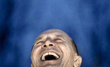 """""""Traian Băsescu va continua tăierile de pensii şi salarii, concedierile şi instalarea unui guvern-slugă"""""""