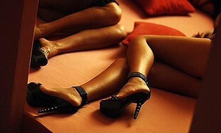 Orgii de partid şi prostituate în patul afaceriştilor. Dezvăluiri incredibile din culisele reţelei de prostituţie condusă de Andreea Marta