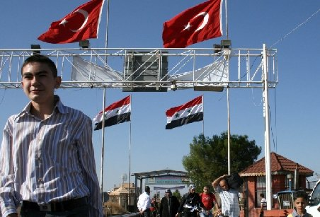 Turcia închide punctele de frontieră cu Siria din motive de securitate