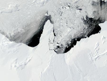 Descoperire UIMITOARE în Antarctica. Fenomenul explică multe mistere