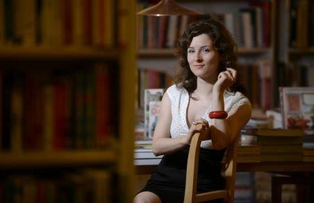 Ea a ales România - Ana Karlstedt Popa - profesoara care face revoluţie la catedră