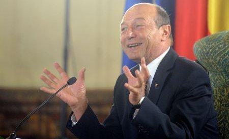 """Băsescu le-a """"dezlegat"""" gurile capilor de servicii secrete: Am încredere în Maior şi Măgureanu"""